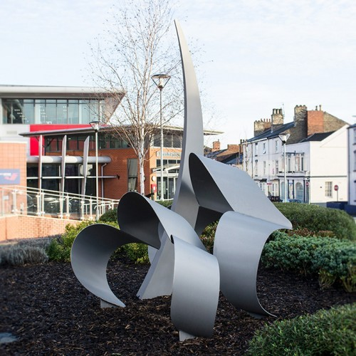 Memorial Sculpture to Squadron Leader Sam Bailey at Lincoln College